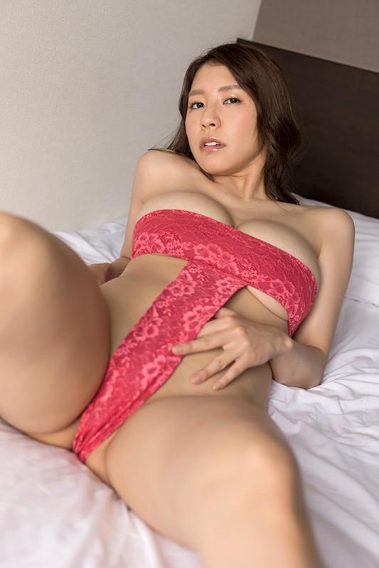 アイドルワン SEXY DYNAMITE ~恵体の女神さま~ 夏来唯[サムネイム06]