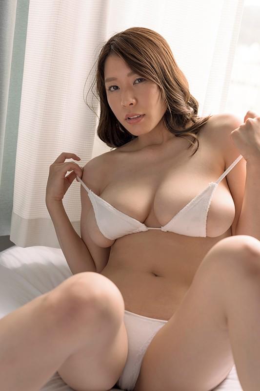 アイドルワン SEXY DYNAMITE ~恵体の女神さま~ 夏来唯[サムネイム09]