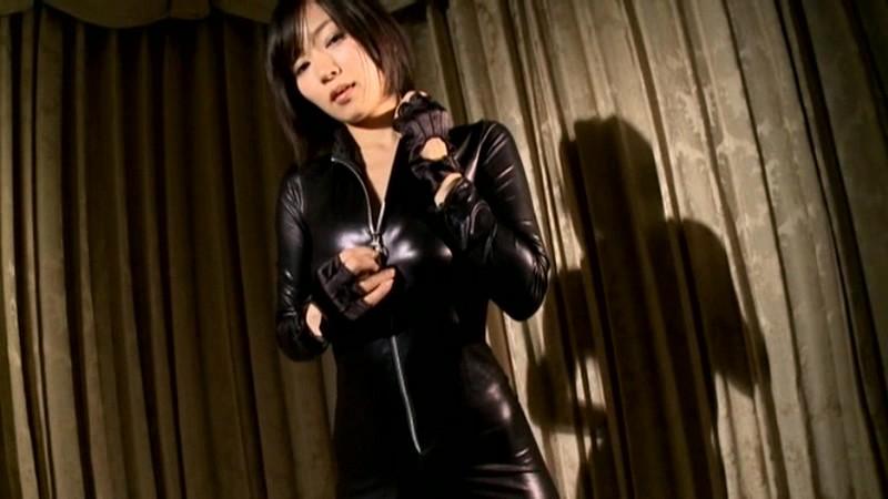 階戸瑠李 「OVER 彼女の秘密」 サンプル画像 10