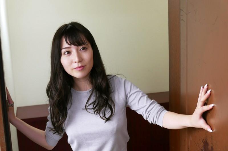 堀尾実咲 「団地妻~鍵穴の向こう側~」 サンプル画像 10