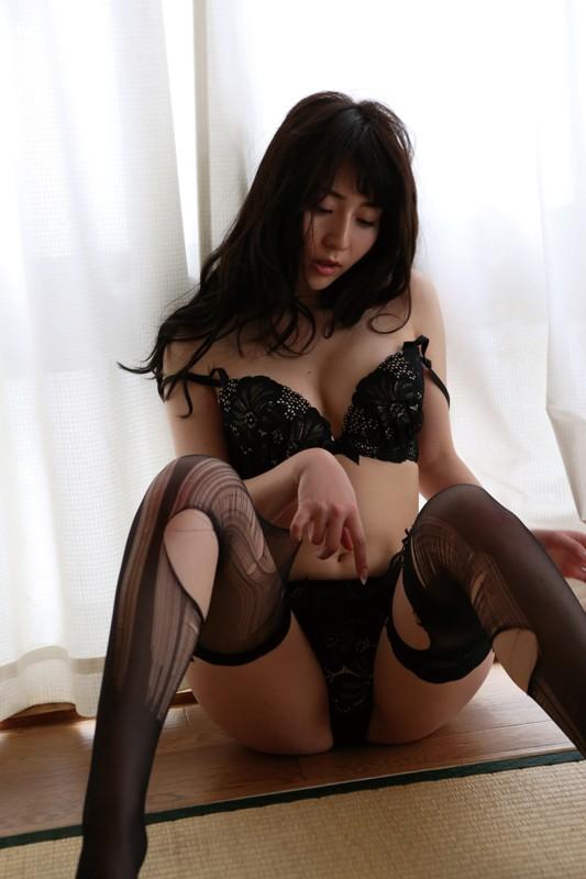 堀尾実咲 「団地妻~鍵穴の向こう側~」 サンプル画像 11