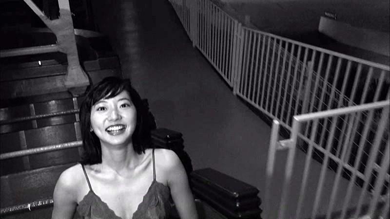 武田玲奈 「WEEKLY YOUNG JUMP PREMIUM BD 武田玲奈「rena」」 サンプル画像 17