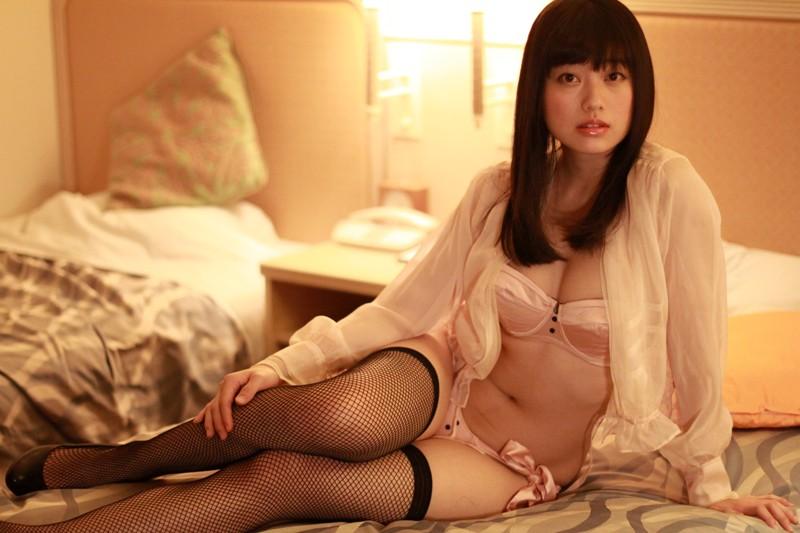 冨手麻妙 「My Girl ~20才の果実~」 サンプル画像 10