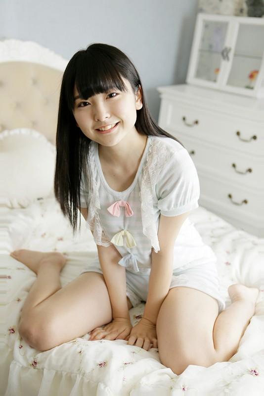 藤井澪 「ボクの初めての彼女はグラビアアイドッル」 サンプル画像 1