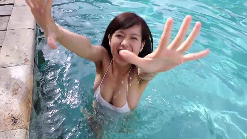 夏江美優 爆乳を揉まれまくってエロティック!! 13