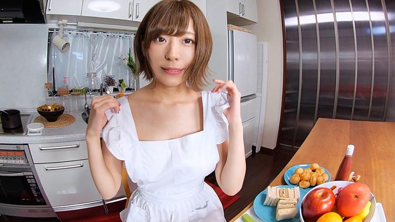 【VR】同棲中の彼女、小日向結衣がランジェリー姿で迫ってくる、そういう世界。