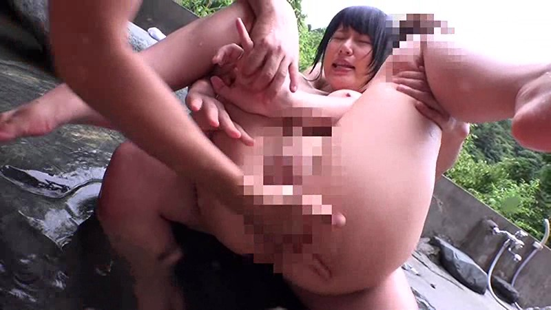複数の男たちにレイプされ中出しされる美少女強制わいせつ映像2枚組8時間 サンプル画像 No.5