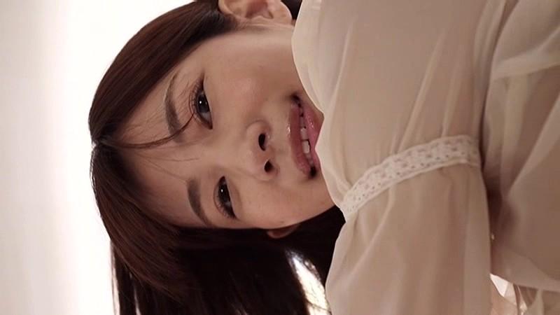 石岡真衣 「恋愛組曲」 サンプル画像 13
