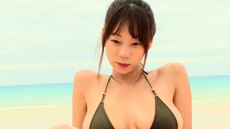 青山ひかる 「僕の彼女はIカップの猫系アイドル」 サンプル画像 10