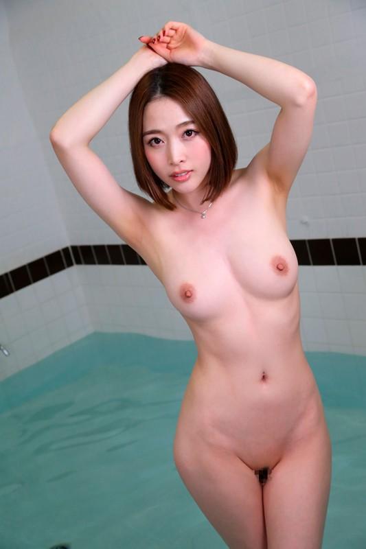 【VR】混浴風呂で若いチ●ポが異常に性欲が強い巨乳美女に遭遇したら… 本田岬【リアル映像】 サンプル画像 No.1