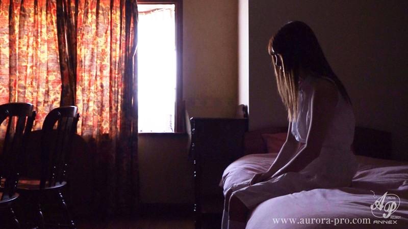 私は輩達の慰み物だった...そんな過去と決別したかったのに...再び心は壊され、肢体は汁で犯される...。 咲々原リン サンプル画像  No.1