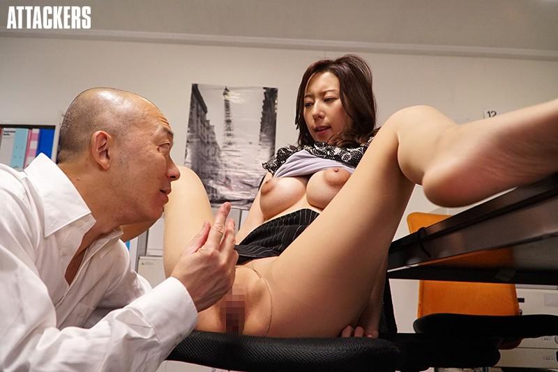 オフィスレディの湿ったパンスト 松下紗栄子 サンプル画像  No.4