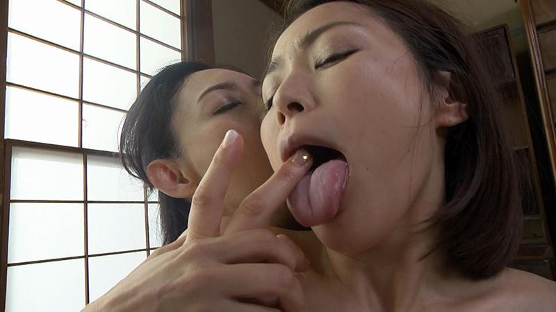 レズペニスに執着する淫欲熟女 烏丸まどか 宮本紗央里 サンプル画像 No.5