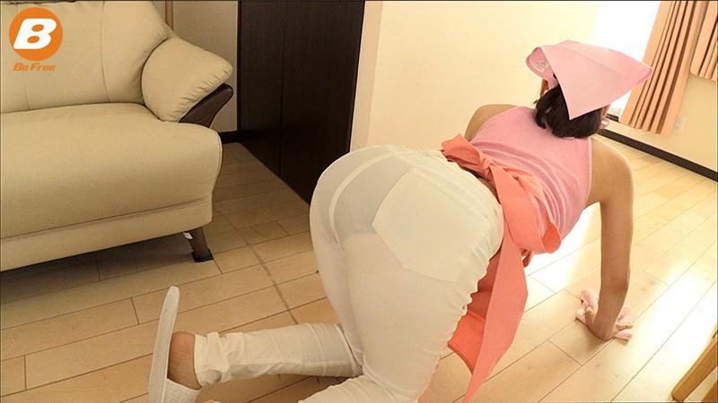 透けピタパンツで誘惑する中出し家政婦 篠田ゆう サンプル画像 No.2