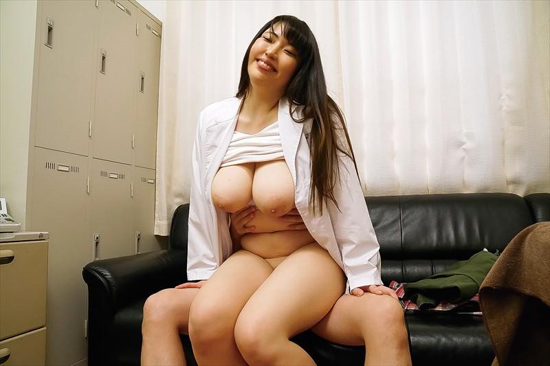 童貞の僕が泌尿器科で美人女医にちんちん触られ勃起した結果… サンプル画像  No.4