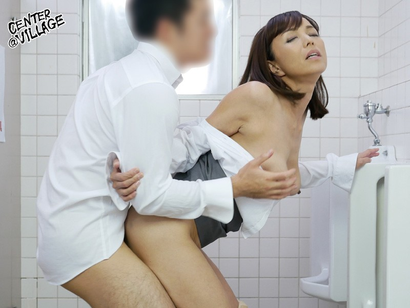 声が出せない絶頂授業で10倍濡れる人妻教師 及川里香子 サンプル画像  No.6