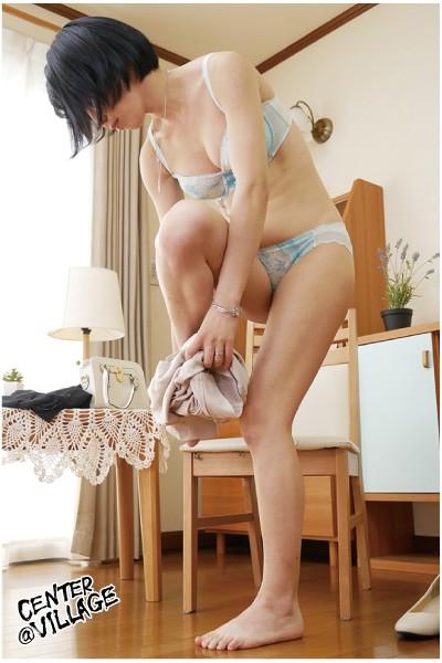 初撮り人妻ドキュメント 黒崎恵麻 2枚目