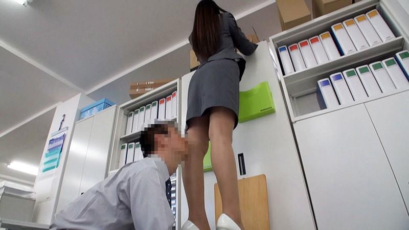 OLスーツ倶楽部 入社2年目愛さんの長身・美脚スーツ 浅倉愛 サンプル画像  No.2