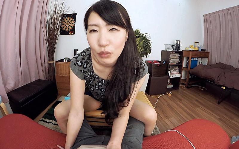 【VR】完熟の味~異常性欲人妻との不倫沼~ 佐伯かのん サンプル画像 No.1