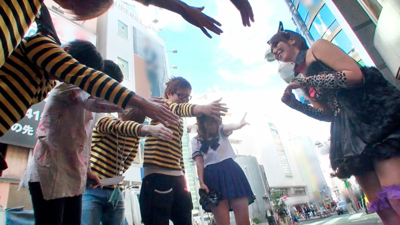 ぼっちナンパ!2018ハロウィーンin渋谷 世界の波多野結衣様がナンパに参戦してハロぼっち娘をGETだぜ!スペシャル!!前編 サンプル画像  No.2