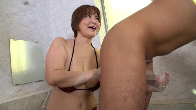 五十路熟女にチ●ポ洗ってもらっちゃいました!5 サンプル画像  No.6