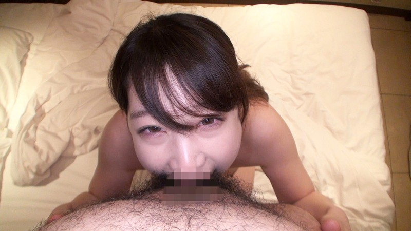 【個人撮影】Gカップちか(仮)21歳。ひょっとこフェラ中毒娘に大量精子をノドチョク!フェラチオ動画 サンプル画像 No.5