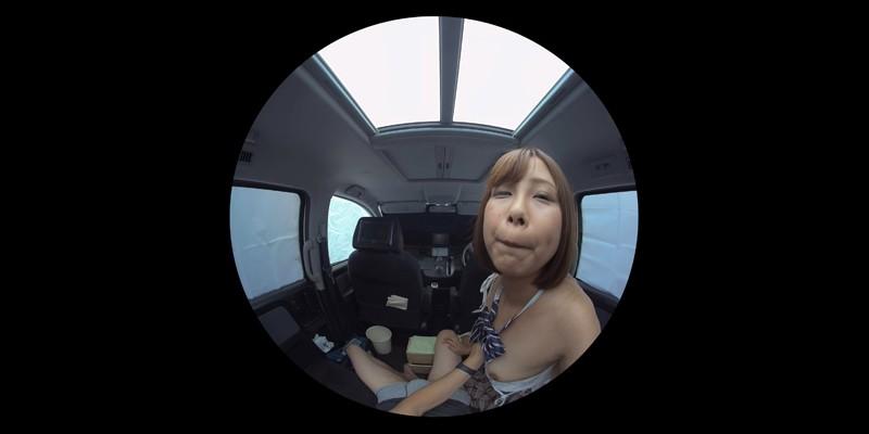 【VR】VR発情女子○生 クソ狭い車内でイヤラシイ身体を貪り合い肉食系カーセックスしまくりました 素人女子○生01ひなた サンプル画像 No.1