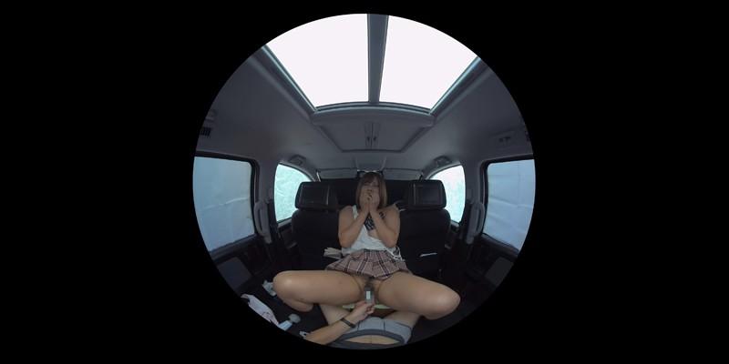 【VR】VR発情女子○生 クソ狭い車内でイヤラシイ身体を貪り合い肉食系カーセックスしまくりました 素人女子○生01ひなた サンプル画像 No.5