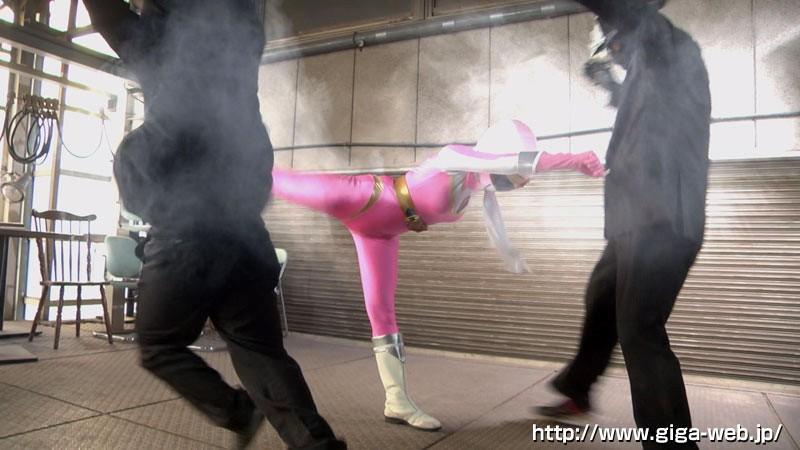 ヒロイン討伐 ~戦隊ピンクに'敵に苦しめられてほしい'と言ったらどうなるのか~ サンプル画像  No.1