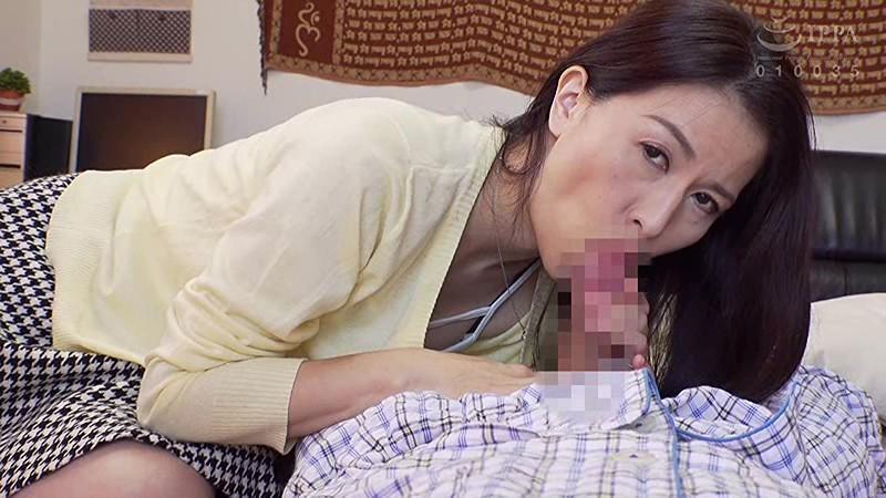 娘婿の朝勃ちチ○ポを狙うお義母さん 井上綾子 サンプル画像  No.1