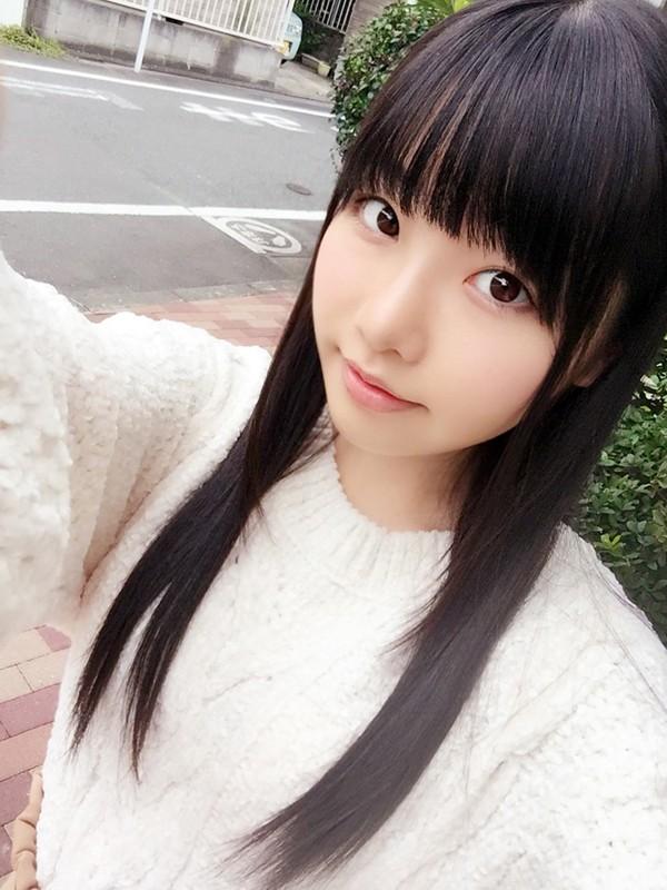 【VR】Cちゃん(19歳)渋谷区在住 タレントの卵 B80W60H82 Cカップ【リアル映像】 サンプル画像 No.1