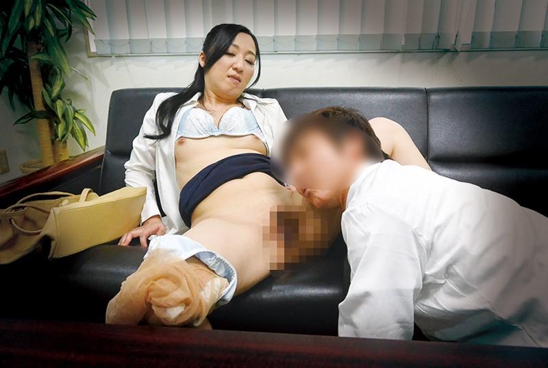 妻は私を裏切り、他人男の肉棒を咥えて…寝取られ寸止め180分 サンプル画像  No.2