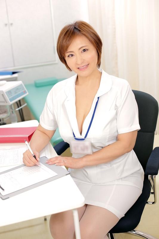 地方の働くレディ 看護師の巨乳おばさん 茨城熟女 守谷多香子 53歳 サンプル画像  No.1