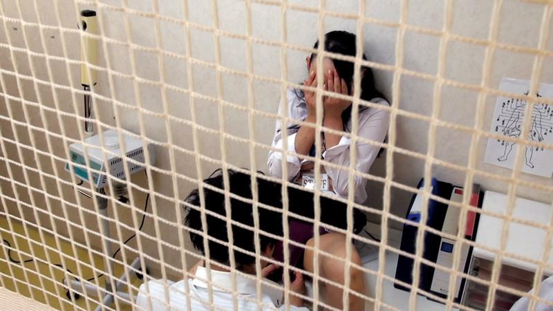 雑居ビル定点観測盗撮 複合ビル内の淫劇 オフィス・個人病院・共同トイレ サンプル画像  No.3
