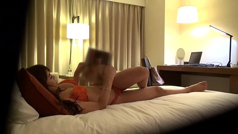 女性限定ビジネスホテル 出張先で何度でも絶頂する素人オナニー盗撮 2 11枚目