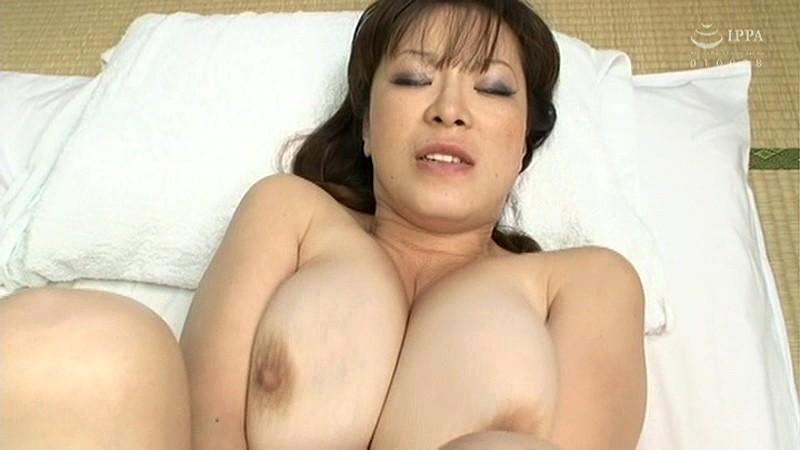 巨乳母との禁忌セックス サンプル画像  No.2