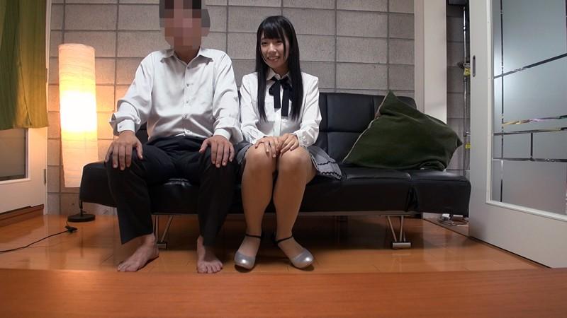 貧乳でアイドル志望の黒髪美少女が中年オヤジの家に来てプライベート痴態撮影! 水嶋アリス サンプル画像 No.5