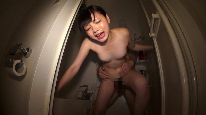 華奢でサラサラロングヘアーの清楚系美少女なのに初めてのAV撮影で妊娠懇願の悶絶交尾 椎奈さら 12枚目