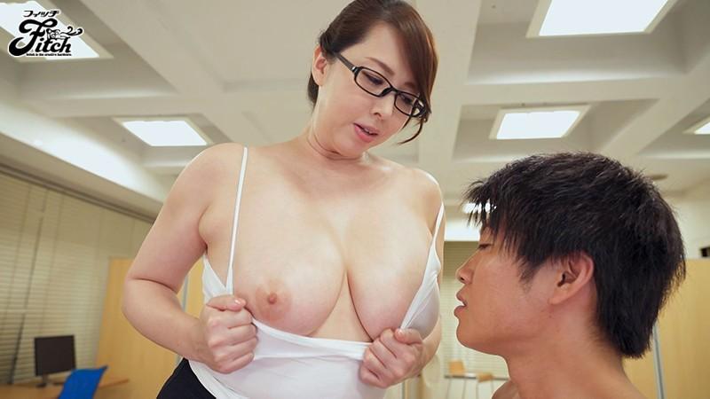 おっぱいで犯されたい無能な僕 超優秀なデカ乳女上司の逆セクハラ乳搾りプレス 風間ゆみ サンプル画像  No.2