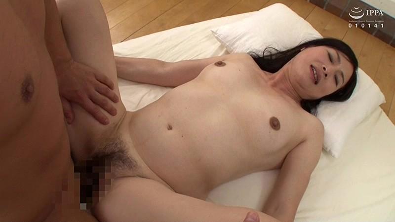極上!!五十路奥さま初脱ぎAVドキュメント 尾田千佳子 サンプル画像  No.6