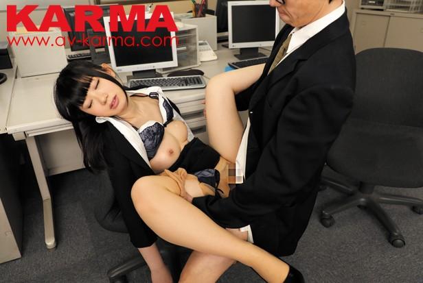 会社訪問にやってきたリクスー就活女子を昏睡レイプした人事担当者の記録動画 8時間総集編33人の記録 サンプル画像  No.2