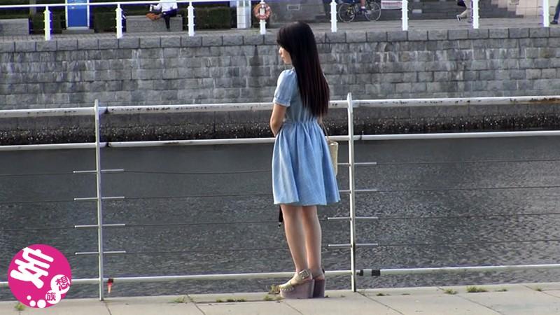 世田谷成城で暮らす名門女子大に通う18才お嬢様は中出し懇願する超ビッチ、自宅でAV DEBUTするの巻。 サンプル画像  No.1