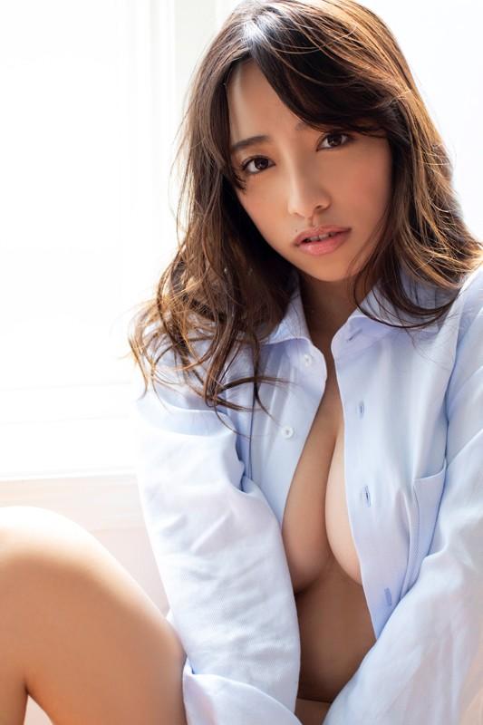高梨瑞樹 「桜舞う恋」 サンプル画像 13