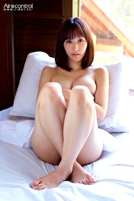 浜田由梨 「バリで」 サンプル画像 4
