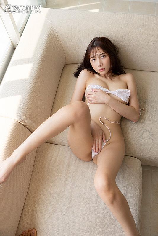 南沙羽 「あざとかわいいチラリ女子」 サンプル画像 1