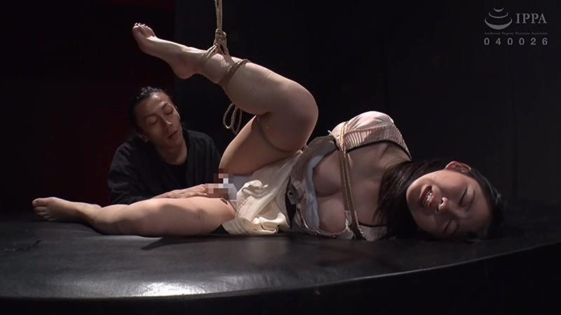 あどけないボクの新妻が、巨根の縛師に飼い慣らされてデカマラ調教! 白井ゆずか サンプル画像  No.5