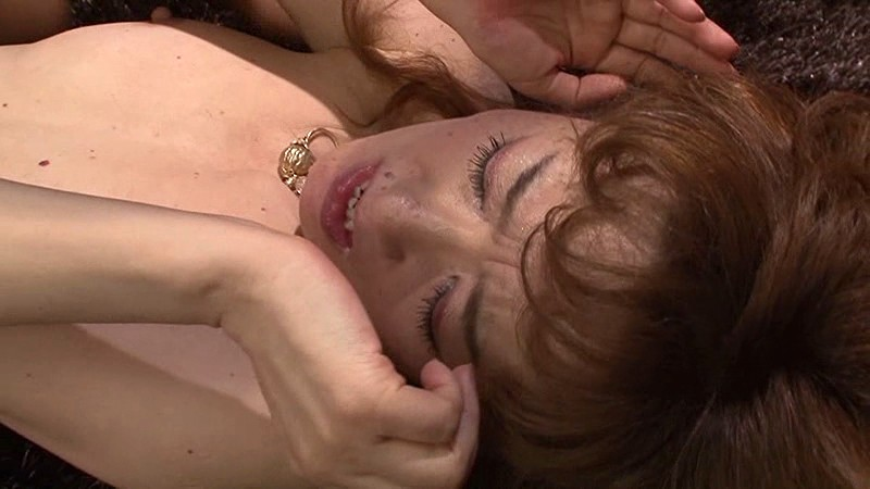 真梨邑ケイのAV初顔射を見逃すな! サンプル画像  No.4