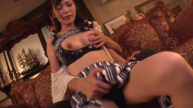 近親相姦 剛毛ママ 遠野杏南 サンプル画像 No.6