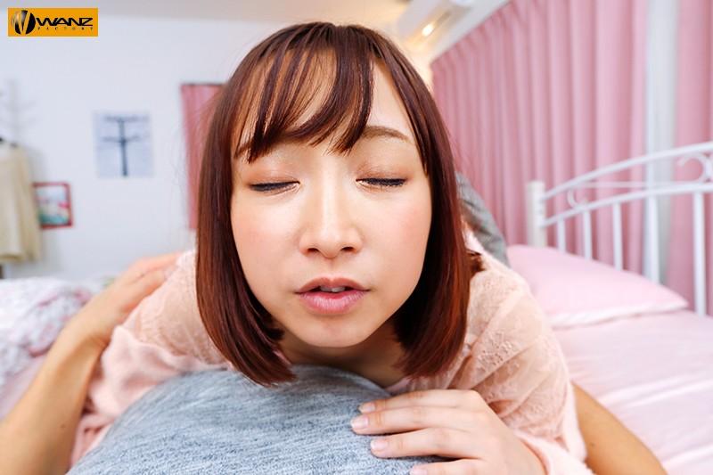 【VR】彼女の家に初めてお泊りをして声を押し殺して密着SEXしていたら、それを覗いていた姉が発情しだしてこそこそ…夢の美人姉妹丼VR!! サンプル画像 No.5