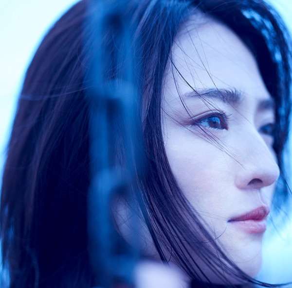 """""""栞菜智世/blue"""
